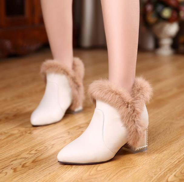 Rabbit Fur Pointed Toe Boots