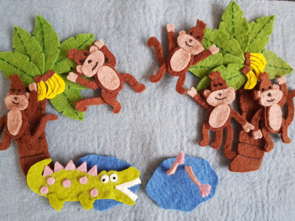 Five Little Monkeys Swinging In A Tree Play Set
