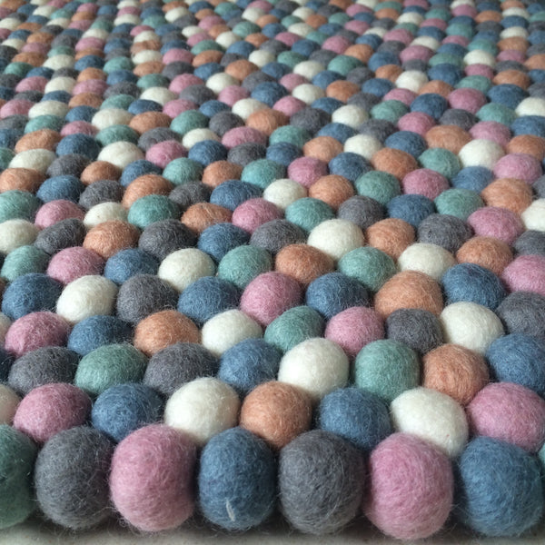 Felt Ball Rug – Misty Dreams