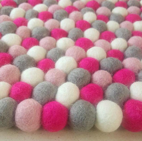 Felt Ball Rug - Trilly