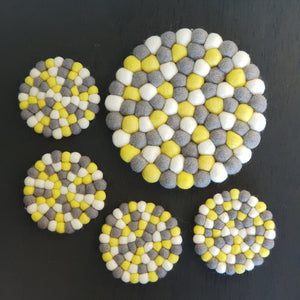 Felt Ball Trivet & Coaster Set - Sidewalk