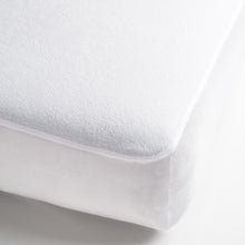 Load image into Gallery viewer, SilverClear Premium Mattress Encasement