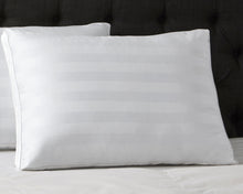 Load image into Gallery viewer, 300 Thread Count Cotton Pillow with Gusset
