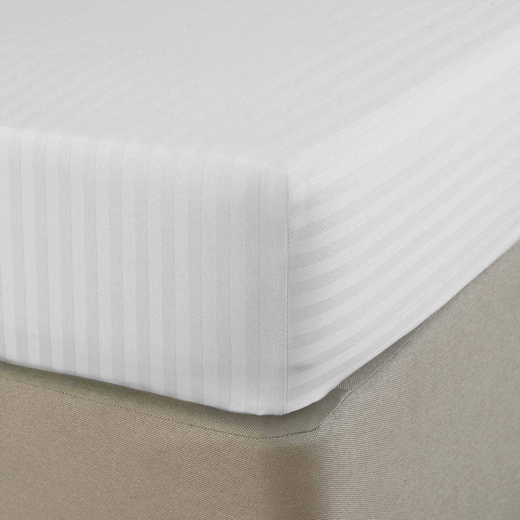 SilverClear 250TC Dobby Stripe Fitted Sheet