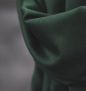 Smooth Drape Twill 210 g · Deep Green