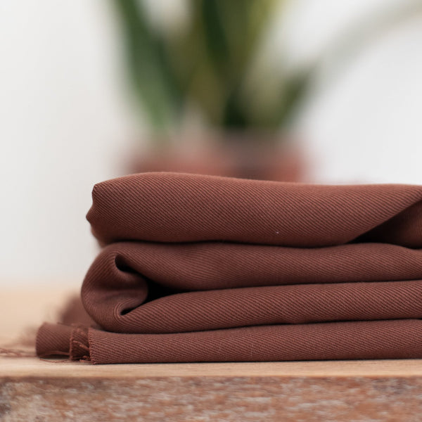 Smooth Drape Twill 210 g · Pecan