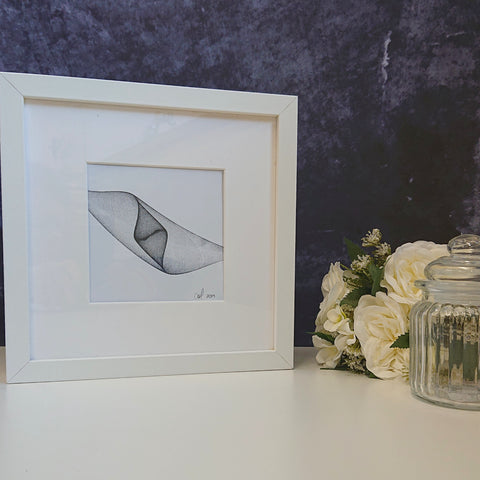 Pendulum Art - Original Piece - Black on White - Marble Centre