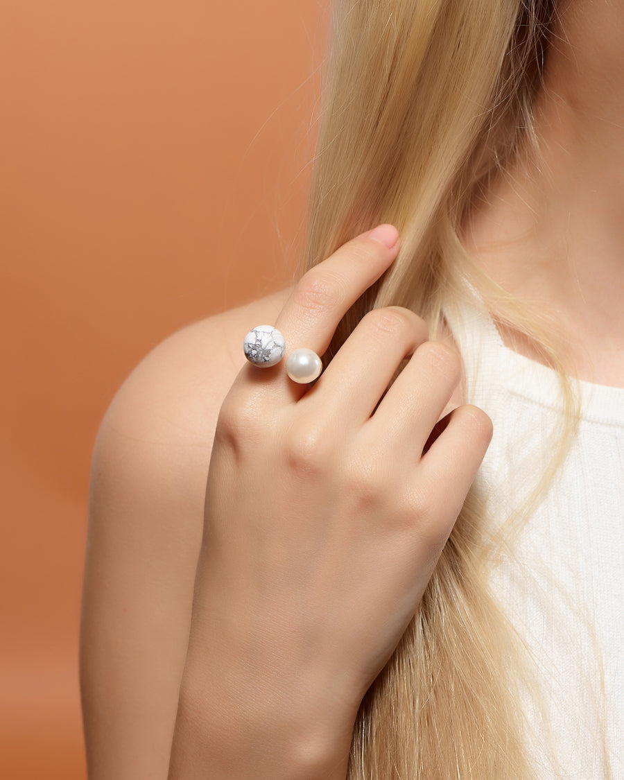 Open Pearl Ring with Marble Accent