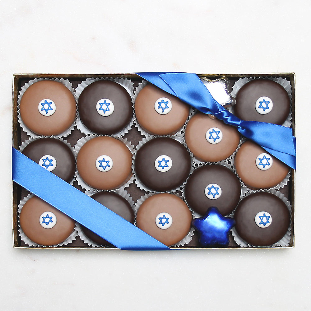 Gourmet Handmade Chocolate Star Of David Oreos (Large) - Edelweiss Chocolates Gourmet Premium Milk Dark Chocolate Gift Los Angeles Beverly Hills Handmade Handcrafted Candy