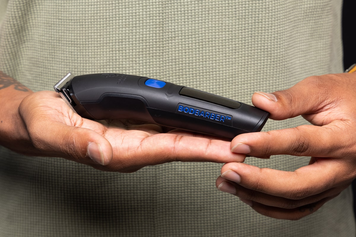 Electric Trimmer To Shave Face