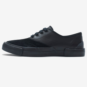 Inka Sneaker Black / Black - Low sole