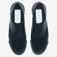 Load image into Gallery viewer, Inka Sneaker Black / Black - Low sole