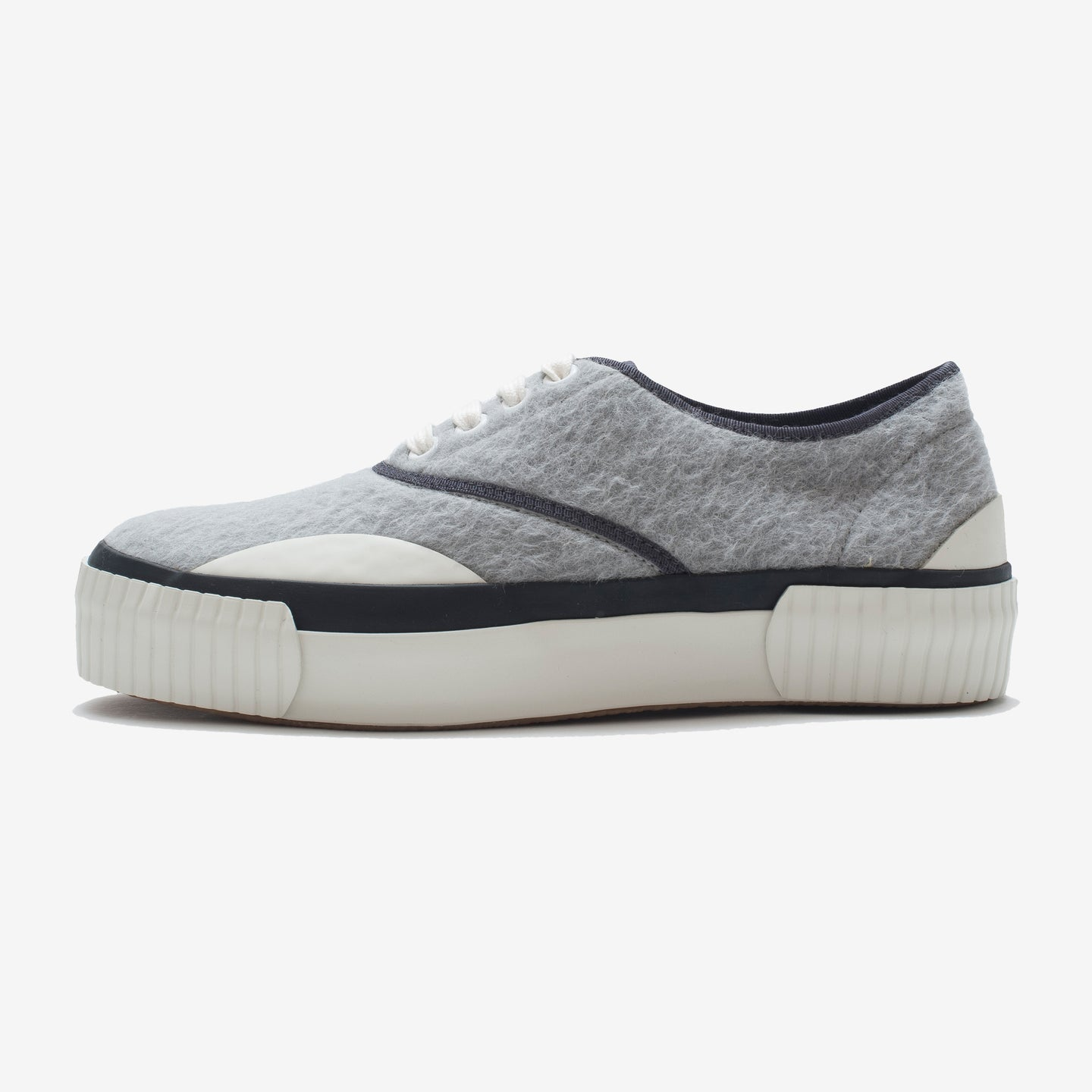 Inka Sneaker Ribbed Sole Grey