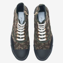 Load image into Gallery viewer, Inka Sneaker Ribbed Sole Khaki Camo - Hi-top