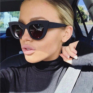 2018 New Cat Eye Women Sunglasses Tinted Color Lens Men Vintage Shaped Sun Glasses Female Eyewear Blue Sunglasses Brand Designer