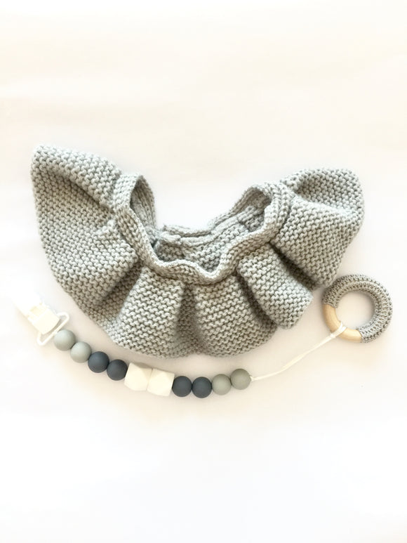 Grey Knit Neckerchief Set