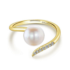 14K YELLOW GOLD CULTURED PEARL AND DIAMOND OPEN WRAP RING - M&R Jewelers