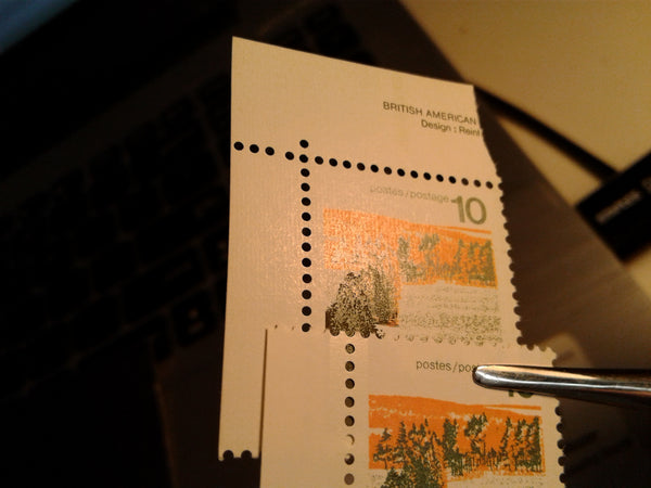 Ribbed and smooth papers on the 10c forests stamp from the 1972-1978 Caricature Issue