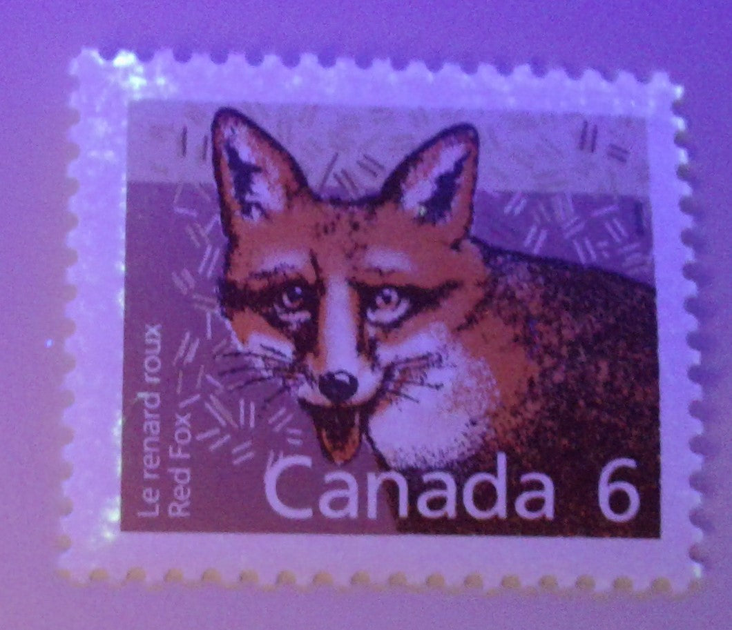Canada #1159 6c Red Fox 1988-1991 Wildlife and Architecture Issue, a VFNH Single on NF/DF Slater Paper Showing Tag Residue Smeared on the Face
