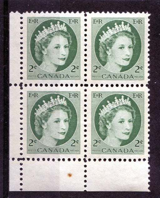 Canada #338p (SG#464p) 2c Green 1954 Wilding Issue W2B Tag LL DF Greyish Smooth Paper VF-80 LH Brixton Chrome