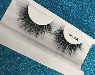Devious Lashes - Marie