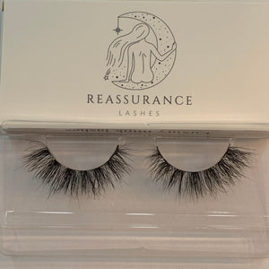 Reassurance Lashes - Sapphire