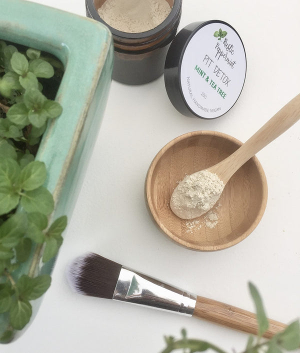 Pit Detox & Bamboo Brush