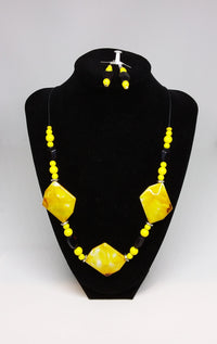 Lemon Chip Necklace and Earrings Set