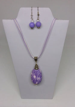 Mauve and White Swirl Pendant and Earrings Set