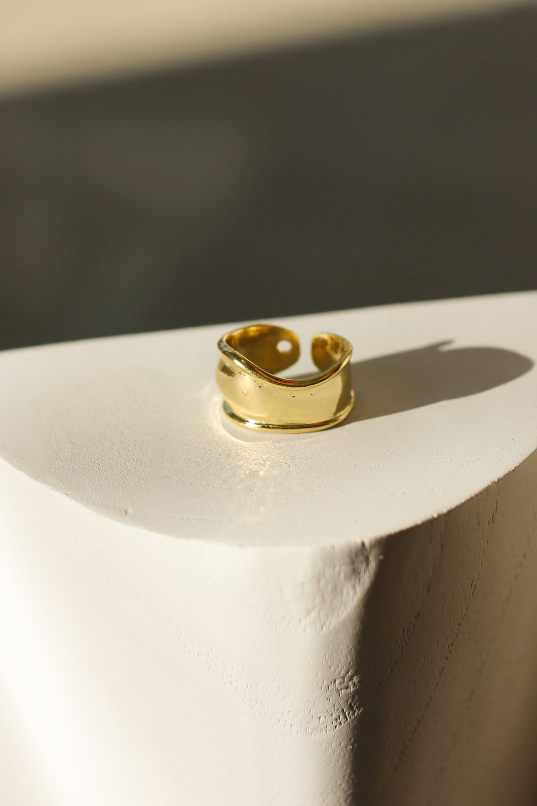Raptor-Gold Plate-Ring-Molten Ring