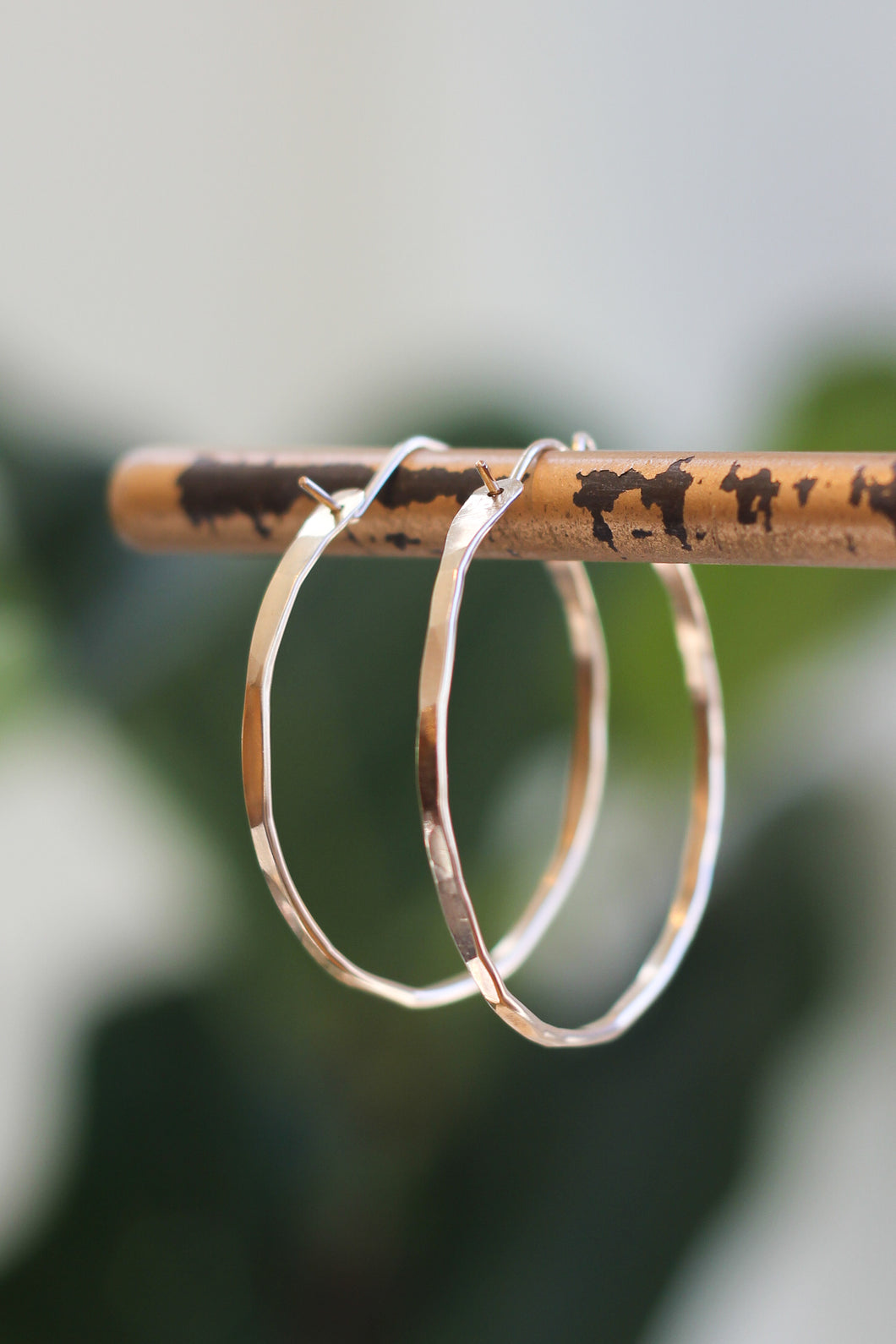 Tela Bella - 14k Gold Fill Hammered Hoops