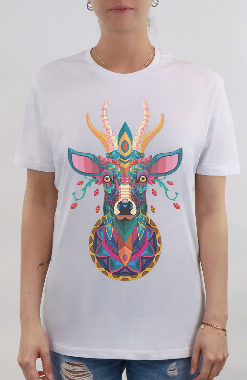 T-Shirt streetwear white for woman by Farid Rueda