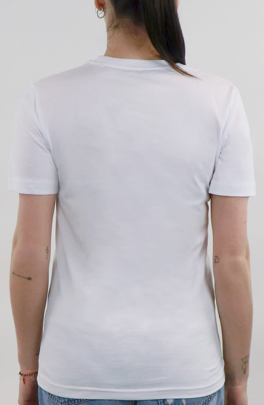 Shirt streetwear white for woman by Farid Rueda