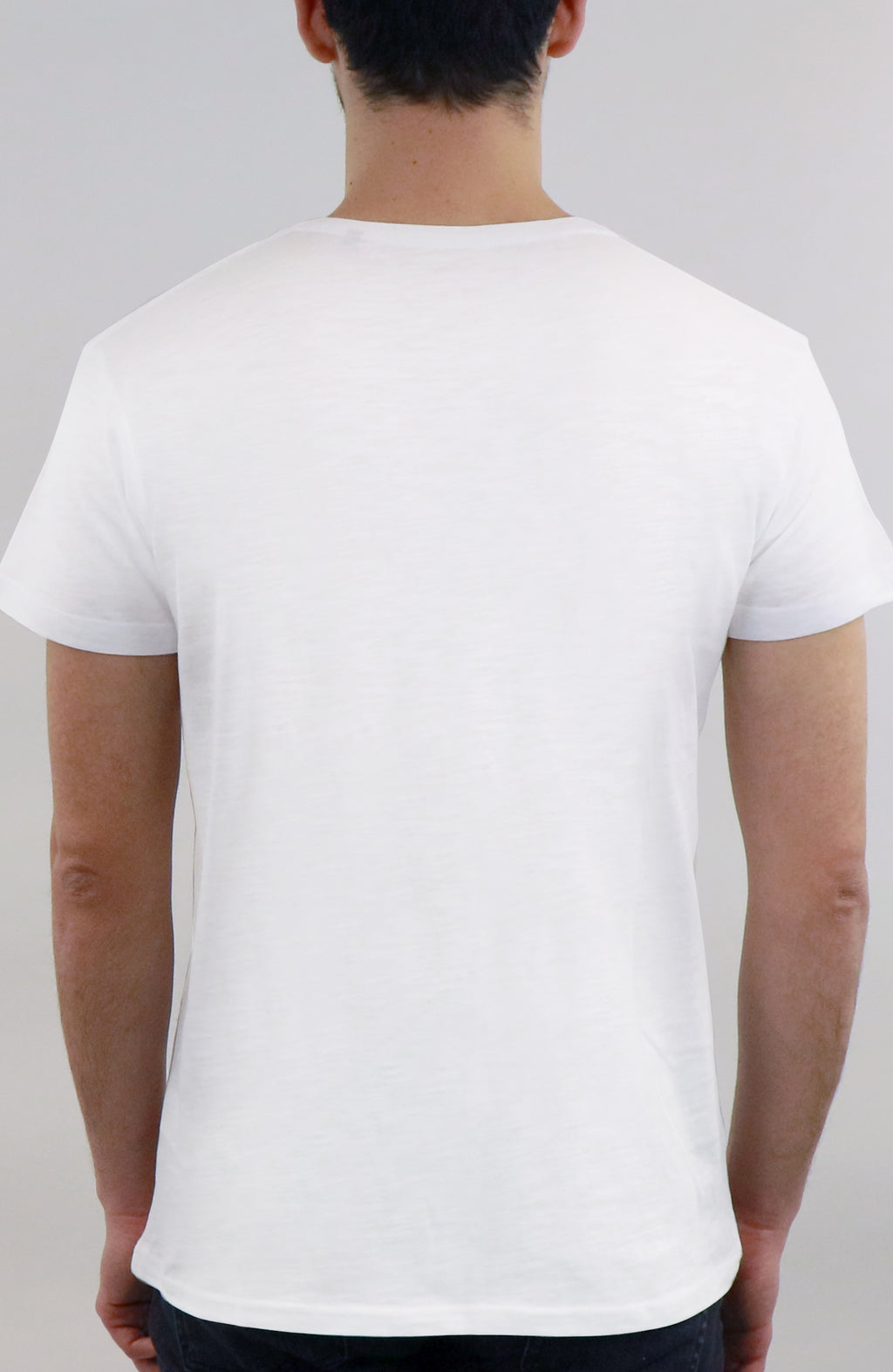 T-Shirt streetwear white for man by Farid Rueda