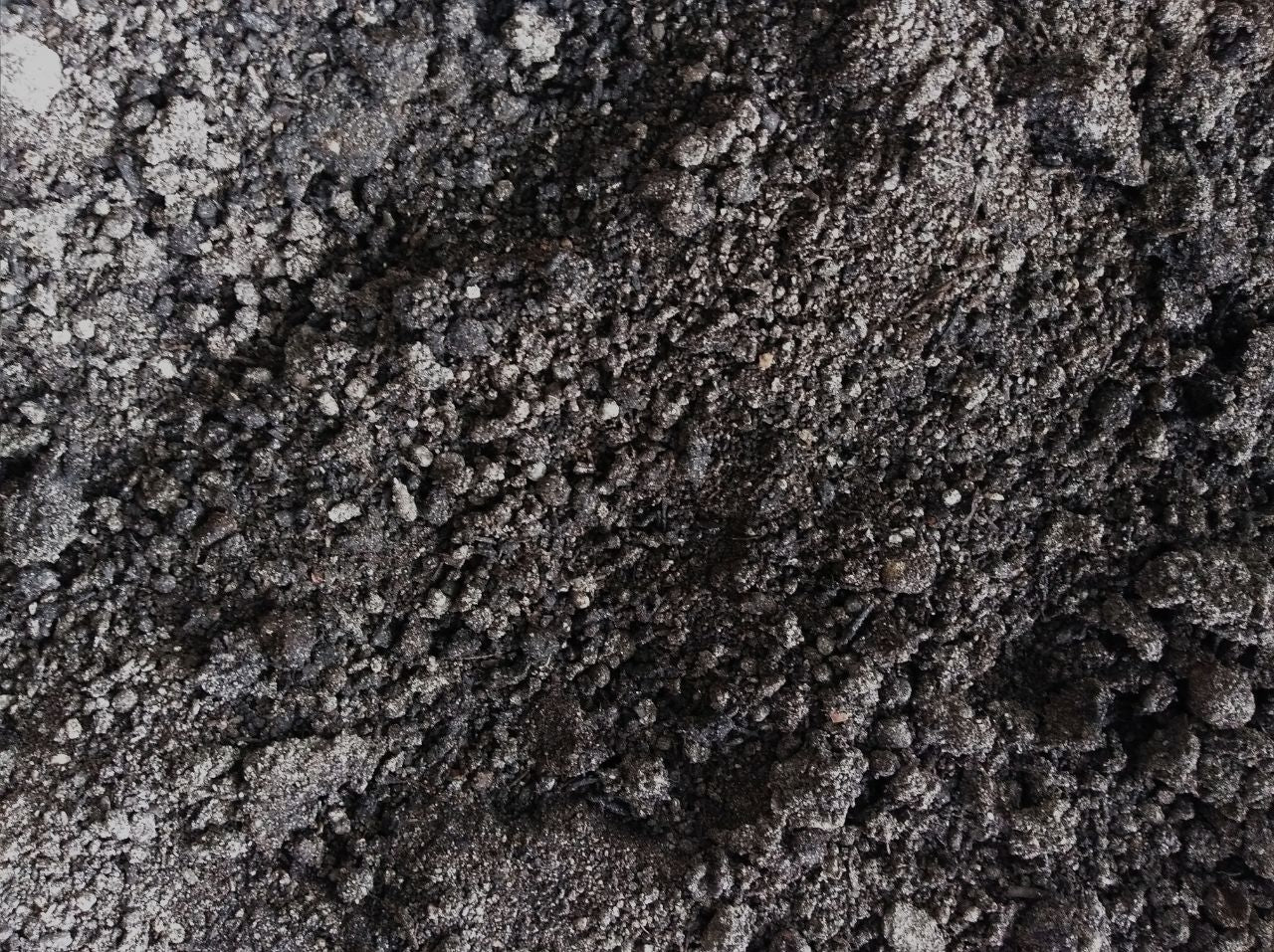 Garden Soil | Provides Natural Nutrients for Soil | Singapore Farm