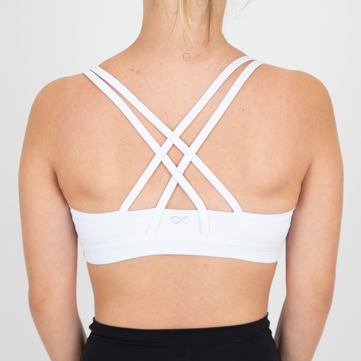 Beyond Bra in White - Southern Athletica