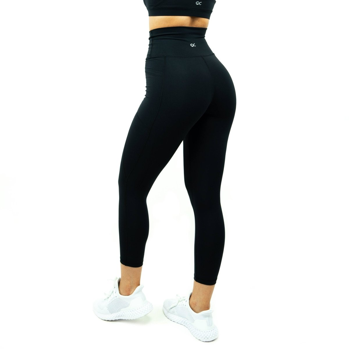 Pocket Leggings in Black - Southern Athletica