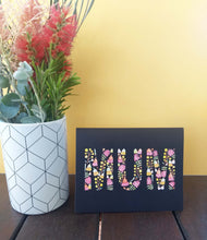 Load image into Gallery viewer, Floral Greeting Card with the word MUM