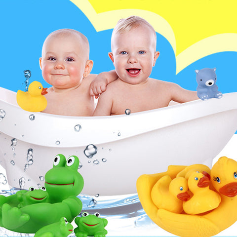 4 pcs Shrilling Rubber Cute  Family Bathtub Pals Floating Bath Tub Toy