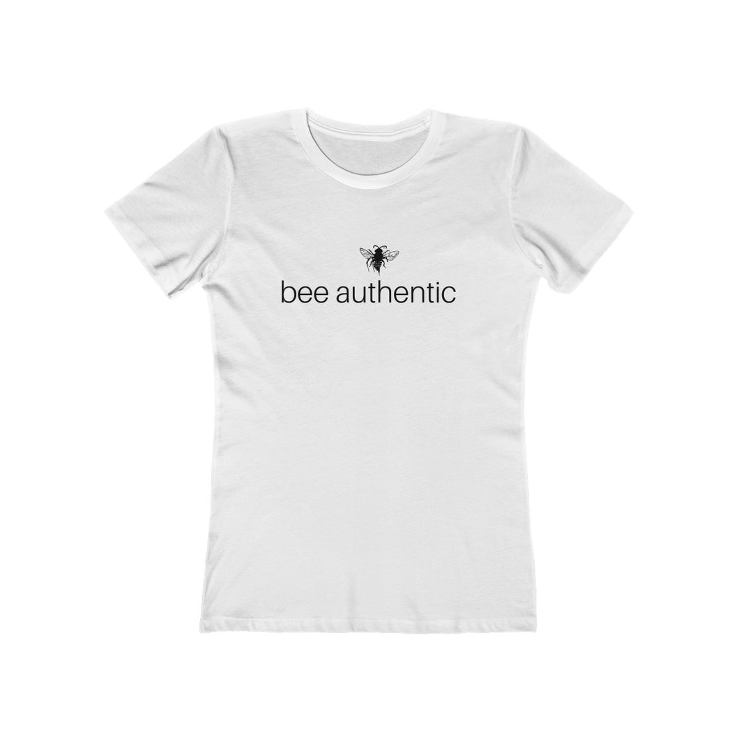 bee authentic - Women's The Boyfriend Tee