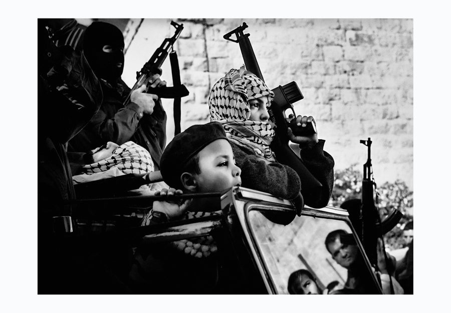 Funeral Ramallah 2001 - Photographic print, stamped and signed by Jan Grarup. Printet on Baryta Fine Art 325 gram paper in A2 (59,4 x 42cm)