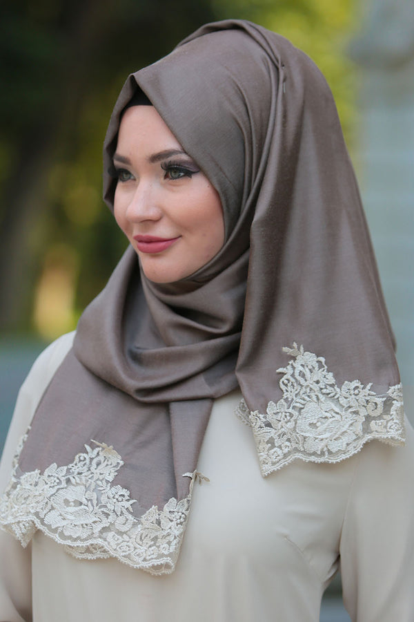 Oyster Lace Hijab