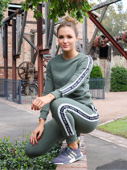 MOSSIMO OIL GREEN SWEAT PANTS