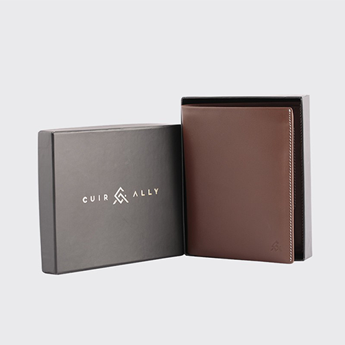 Voyager Passport Wallet - Brown - Davy Taylor