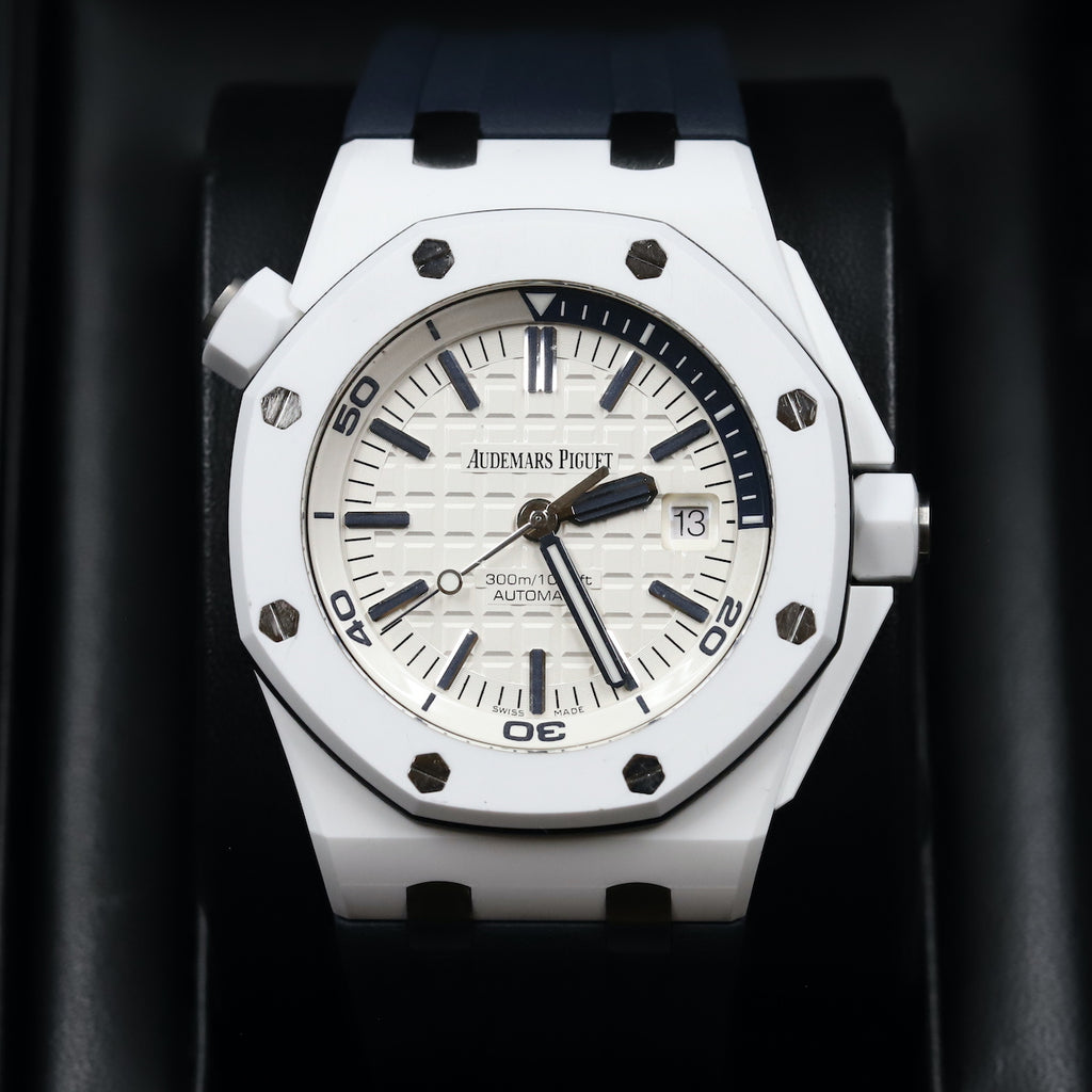 Audemars Piguet 15707CB Royal Oak Offshore Diver White Ceramic