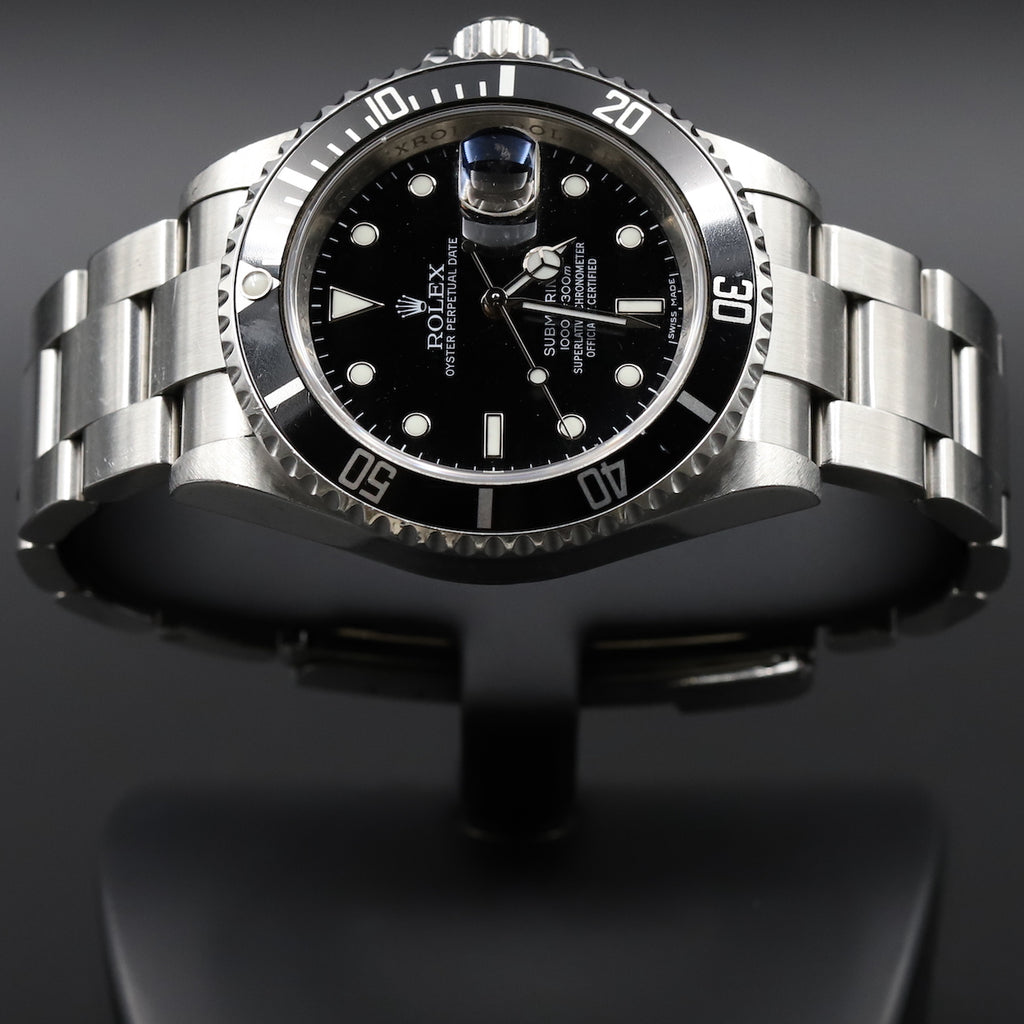 Rolex 16610V Submariner Transitional