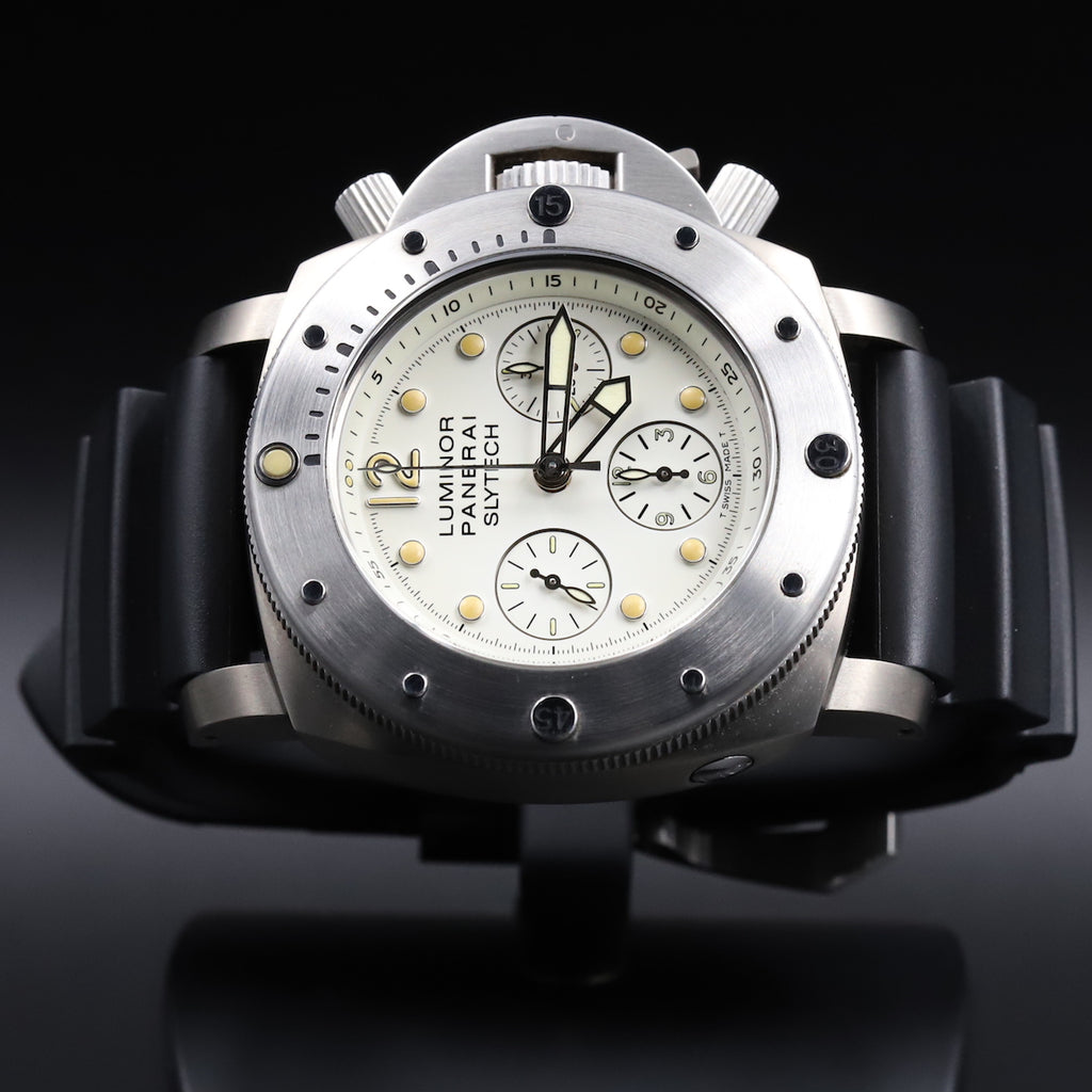 Panerai PAM 00225 Luminor Submersible Slytech