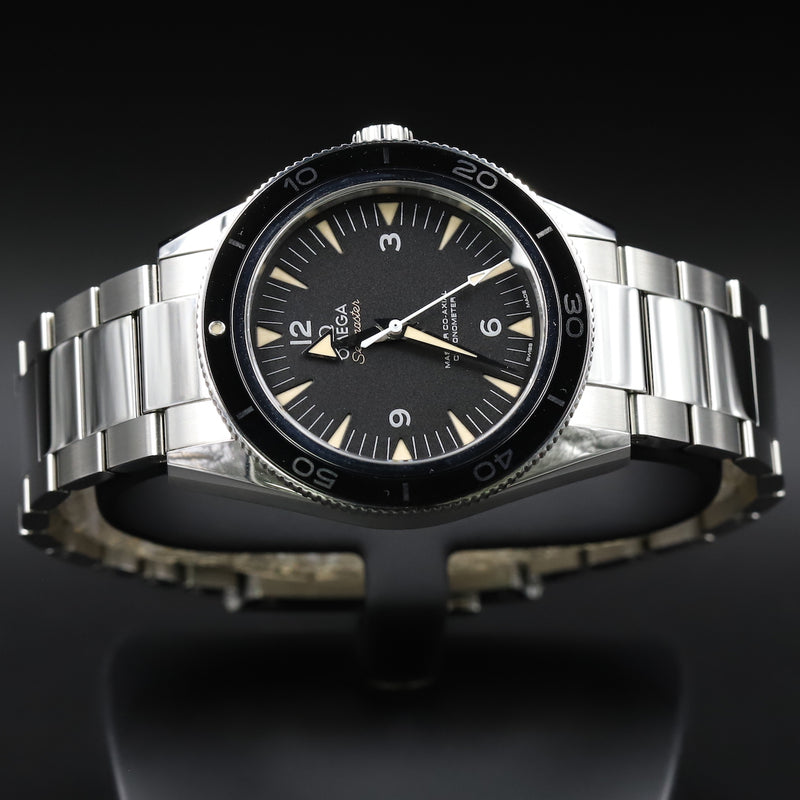Omega 326.30.40.50.01.001 Speedmaster Racing Co-Axial Chronograph