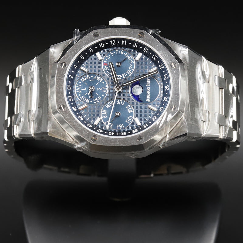 Audemars Piguet 15400ST Royal Oak Ruthenium Dial