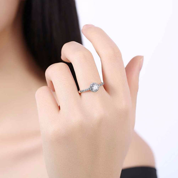 Solid 925 Sterling Silver  Ring , Classic Cubic Zirconia DromedarShop.com Online Boutique